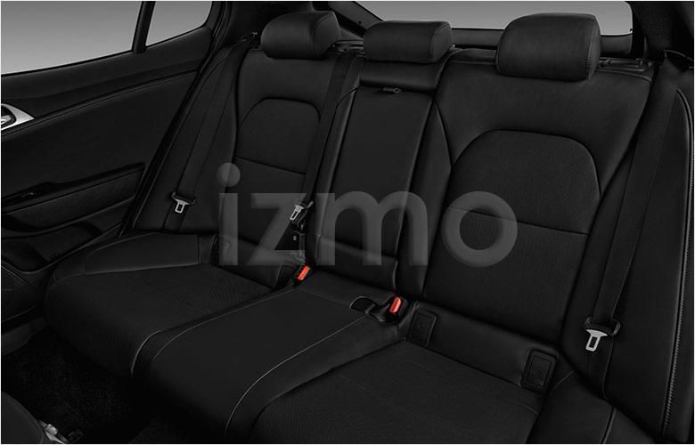kia_18stingersd1a_rearseat