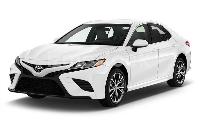 2018-toyota-camry-se-sedan-angular-front