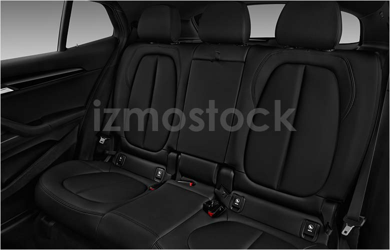 bmw_19x2hb1a_rearseat