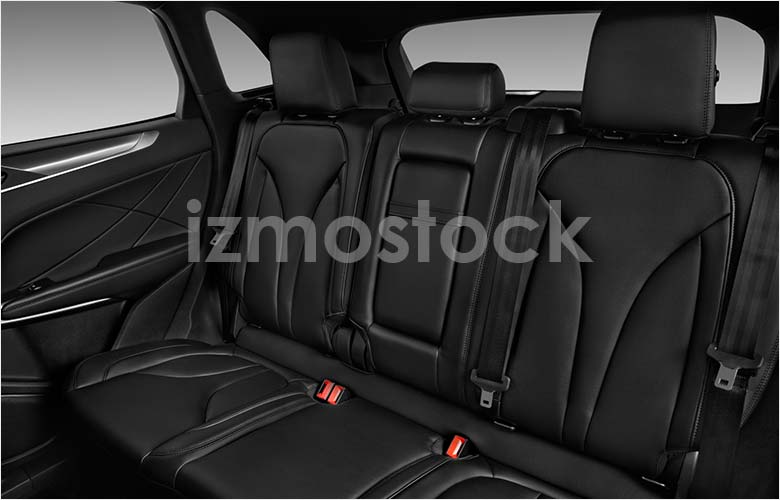 lincoln_19mkcbasesu1af_rearseat