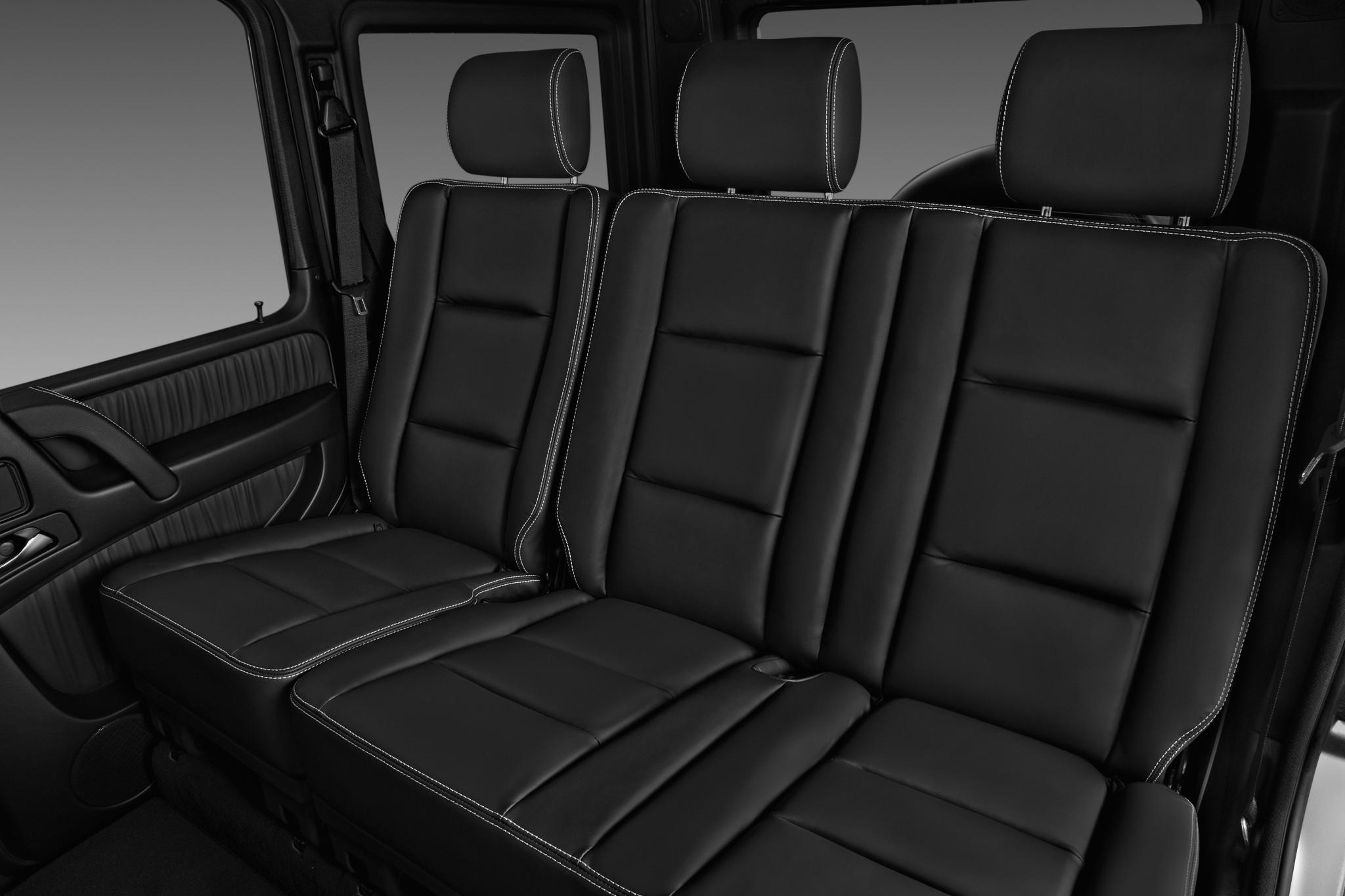 mercedes_18gclassg550su2a_rearseat