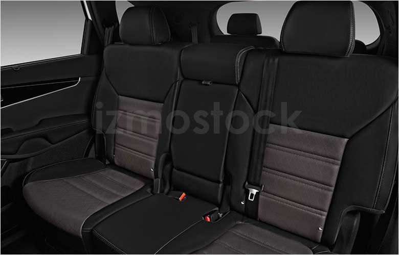 kia_19sorentosxlv6su3af_rearseat