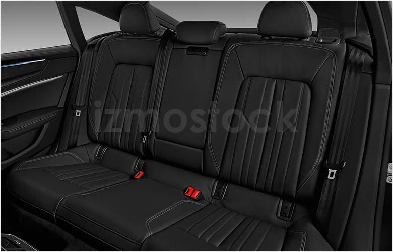 audi_19a7quattrohb2a_rearseat