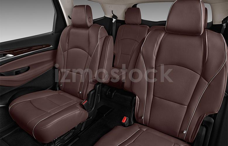 buick_18enclaveavenirsu2a_rearseat