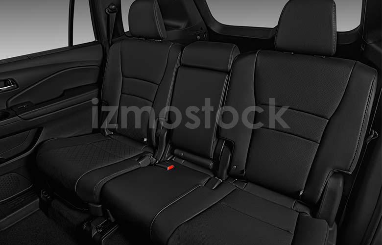 honda_19passportexlsu3a_rearseat