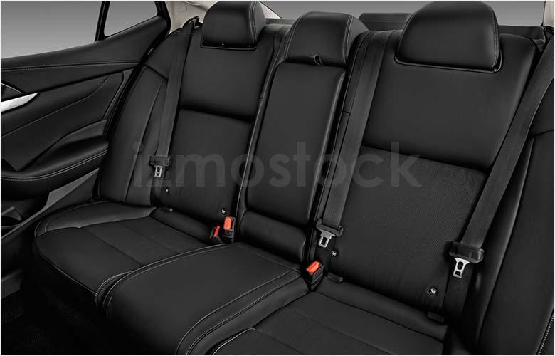 2019_Nissan_Maxima_rearseat