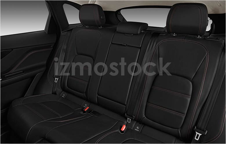 Jaguar_2019_F_Pace_SUV_rear_seat