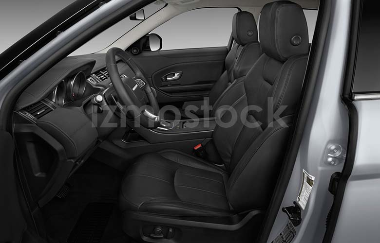 2019_Range_Rover_Evoque_front_seat