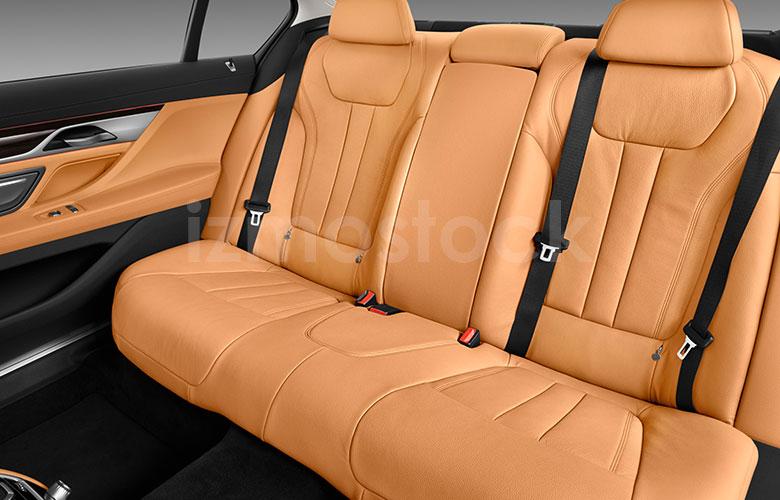 bmw_20740iluxrwdsd6fa_rearseat