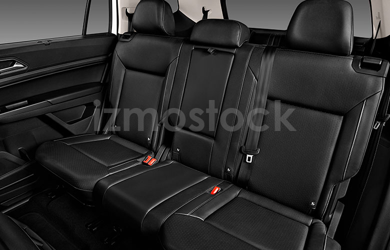 volkswagen_19atlasv6se2wdsu1a_rearseat