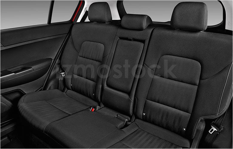 kia_20sportagelxsu4fa_rearseat