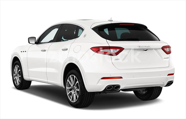 maserati_20levantesq4su1a_angularrear