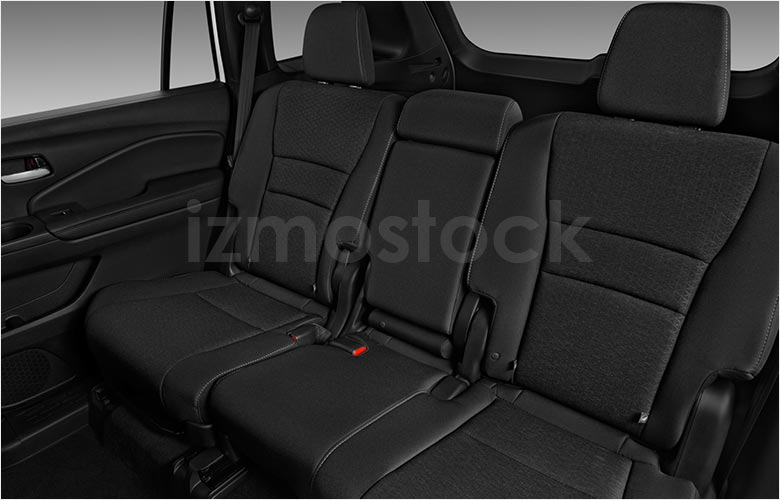 honda_19passportsportsu3a_rearseat