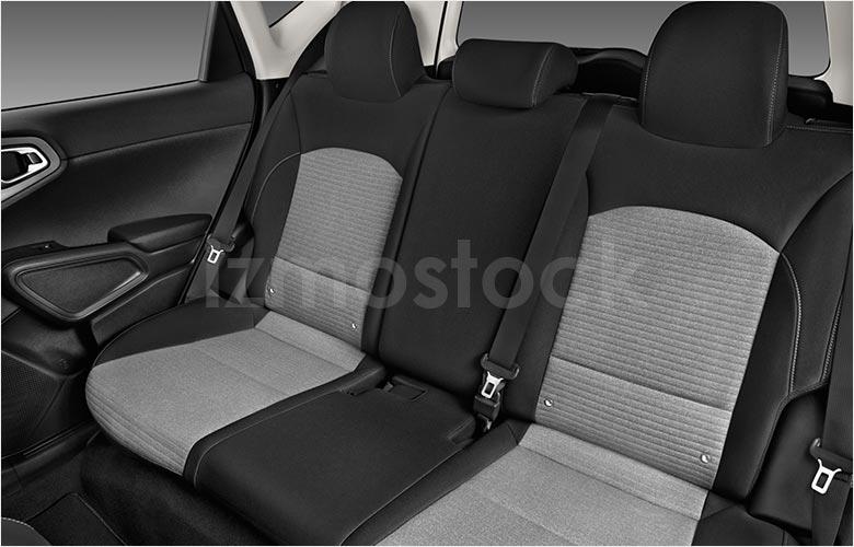 kia_20soulshb3a_rearseat