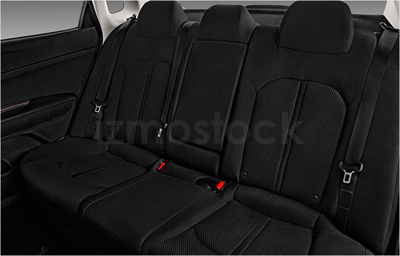 kia_20optimalxsd4fa_rearseat
